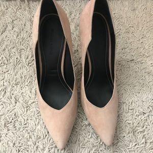 Kendall & Kylie Nude Suede Heels Size 10